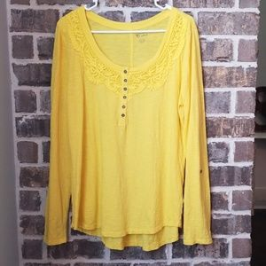 ❤New Direction Weekend Bright Yellow Top